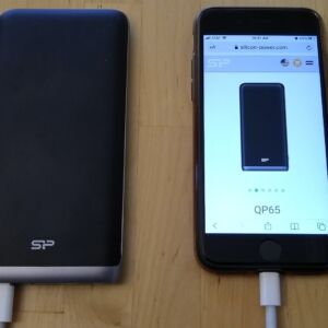 Silicon Power QP65 with iPhone 8