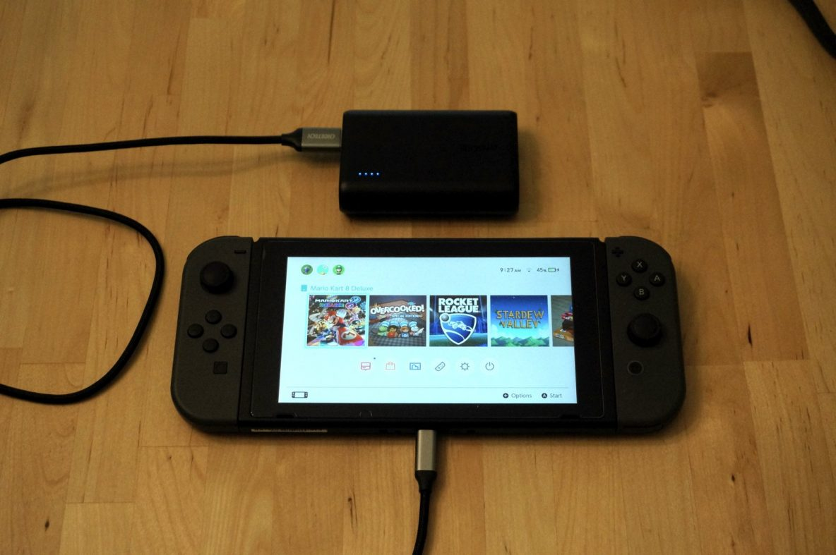 Anker PowerCore 10000 with Nintendo Switch