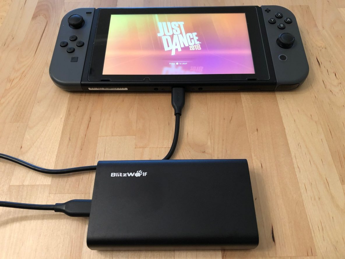 BlitzWolf BW-PF2 with Nintendo Switch.