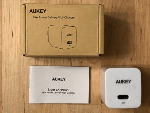 AUKEY PA-Y18 18W PD box and contents