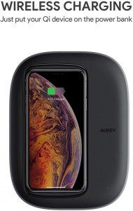 AUKEY Graphite Charging Hub wireless charging