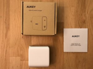 AUKEY PA-B5 Omnia 100W box and contents