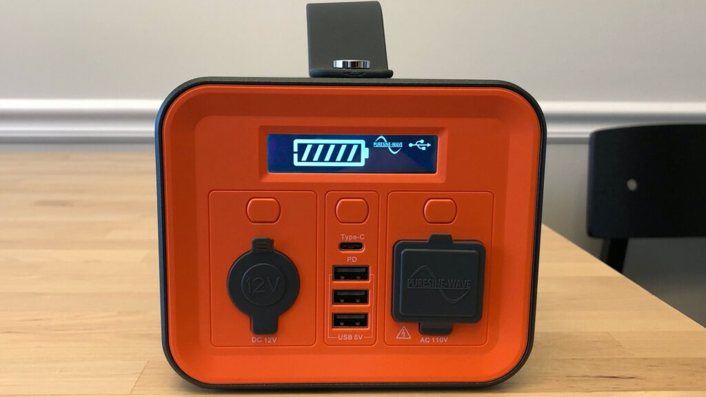 Novoo 230Wh Portable Power Station front panel, active