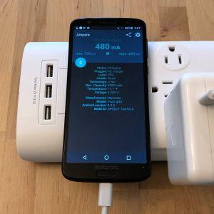 Apple 61W USB-C Power Adapter with Moto G6