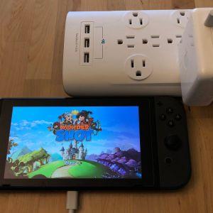 Apple 61W USB-C Power Adapter with Nintendo Switch