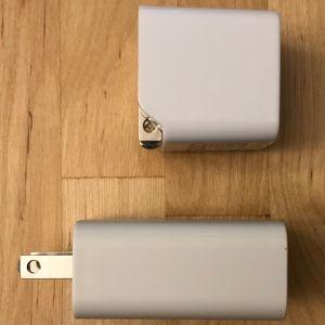 Top: AUKEY PA-Y18 18W PD. Bottom: Google 18W USB-C.