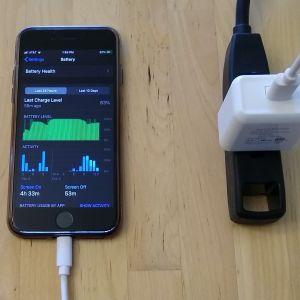 Quntis PD Fast Charger and Cable with iPhone 8
