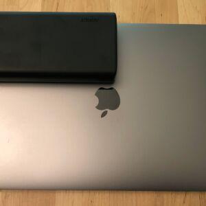 AUKEY PB-Y24 26800 Universal with MacBook Pro 13-inch