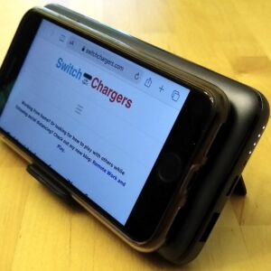 AUKEY PB-WL02 Basix Pro Wireless 10000 with iPhone 8