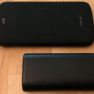 Top: SP QP75 PD. Bottom: AUKEY PB-Y36 Sprint Go Mini 10000 PD.