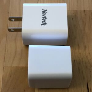 Top: Novtech 18W PD Charger. Bottom: AUKEY PA-Y18 18W PD.